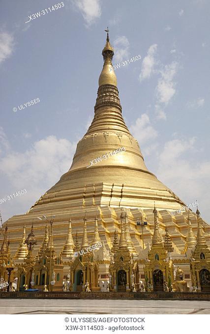 The golden dome, Shwedagon pagoda, Yangon, Myanmar, Asia