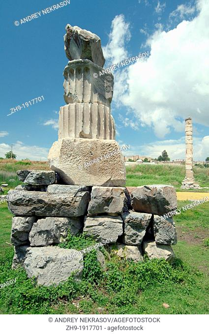 Temple of Artemis, antique city of Ephesus, Efes, Turkey, Western Asia
