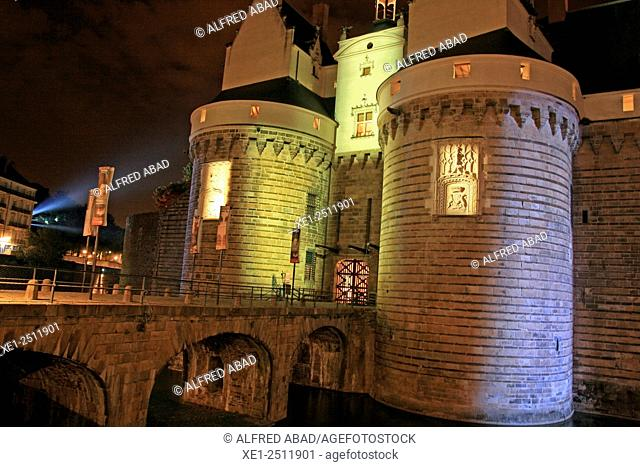Castle of the Dukes of Brittany at night, Nantes, France