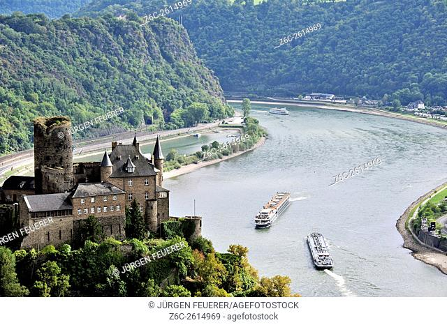 Shipping on the Rhine with Katz Castle and the view to the rocks of Lorelei, Upper Middle Rhine Valley