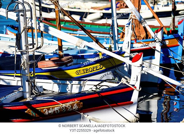 "Europe, France, Var, Saint-Tropez. Traditional fishing boat, named """"pointu"""" in the old port"