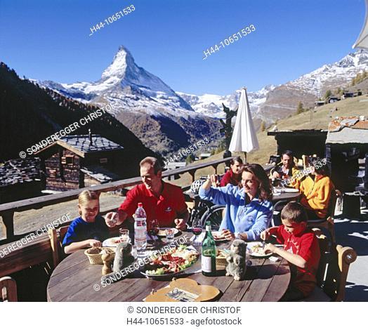 10651533, alpine, Alps, excursion, mountains, mountain restaurant, food, eating, family, Findeln, meat, food, autumn, Matterho