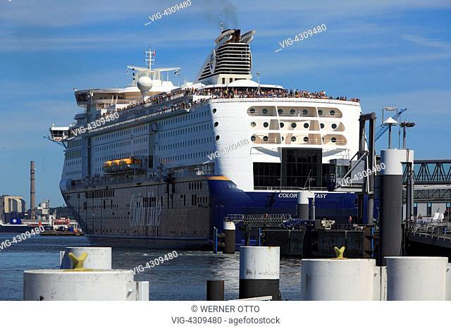D-Kiel, Kiel Fjord, Baltic Sea, Schleswig-Holstein, Kiel harbour, Color Line ferry at terminal Norwegenkai - Kiel, Schleswig-Holstein, Germany, 28/06/2011