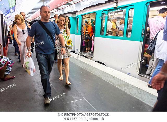 Paris, France, Metro, Underground, Tube, Subway, People Traveling Inside