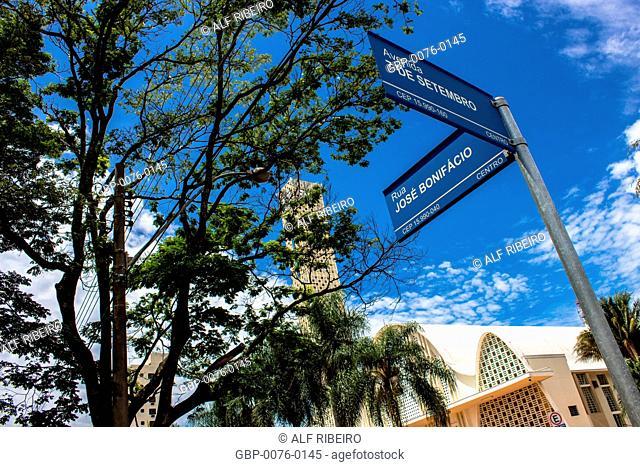 Indicative sign, name, Church, Matão Center, São Paulo, Brazil