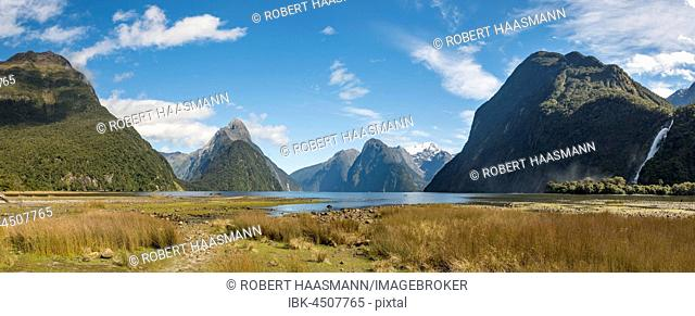 Mitre Peak and Mount Kimberley in Milford Sound, Fiordland National Park, Southland, New Zealand