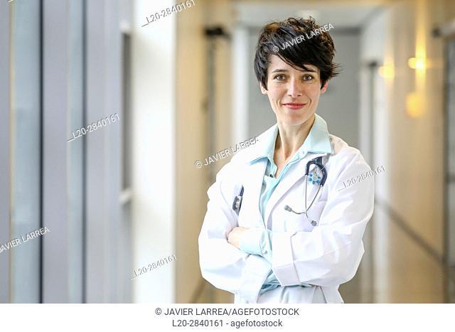 Doctor in corridor, Hospital, Donostia, San Sebastian, Gipuzkoa, Basque Country, Spain