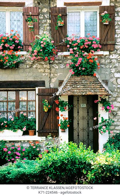 Home exterior. Giverny. France