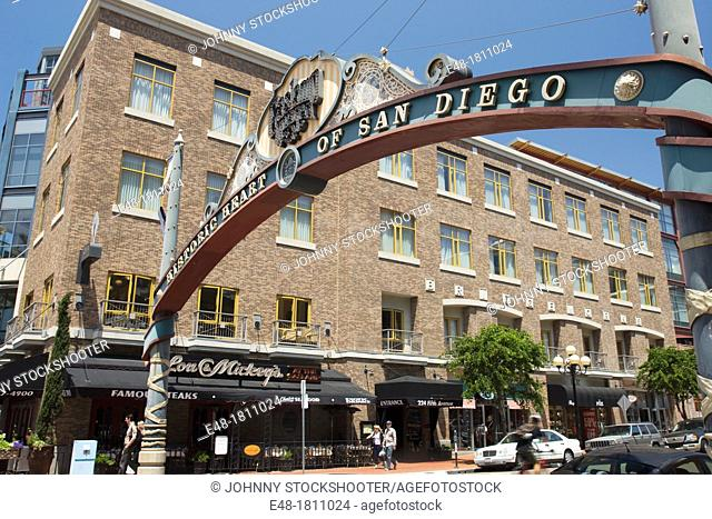 SIGN GASLIGHT DISTRICT FIFTH AVENUE DOWNTOWN SAN DIEGO CALIFORNIA USA