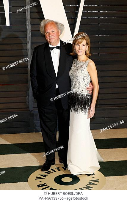 Journalist Graydon Carter and his wife Anna Scott attend the Vanity Fair Oscar Party at Wallis Annenberg Center for the Performing Arts in Beverly Hills