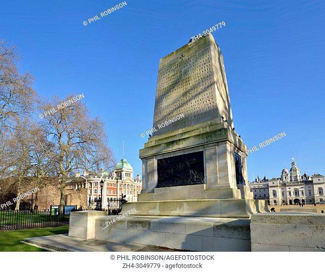 London, England, UK. London, England, UK. The Guards Divisional Memorial (Harold Charlton Bradshaw / Gilbert Ledward; 1926) Horse Guards Parade