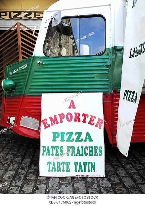 Citroen H Van selling pizza, Eymet, Dordogne Department, Nouvelle Aquitaine, France