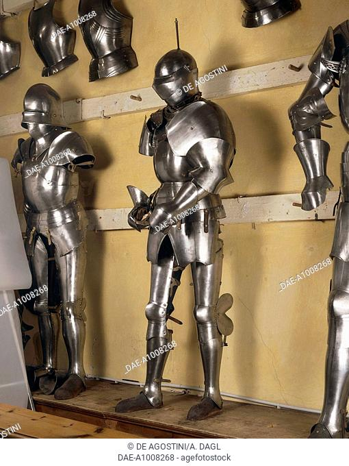 Armour of the man-at-arms with helmet, 1445-1450, which belonged to Count Galeazzo d'Arco, made in Milan by the armourer Tommaso Missaglia