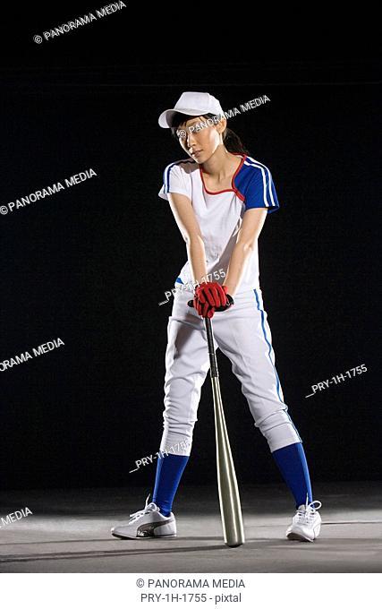 a female softball player