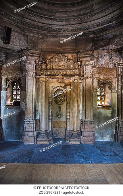 Mosque of Sultani interior, near Dada Hari Ni Vav step well. Asarwa, Ahmedabad, Gujarat, India