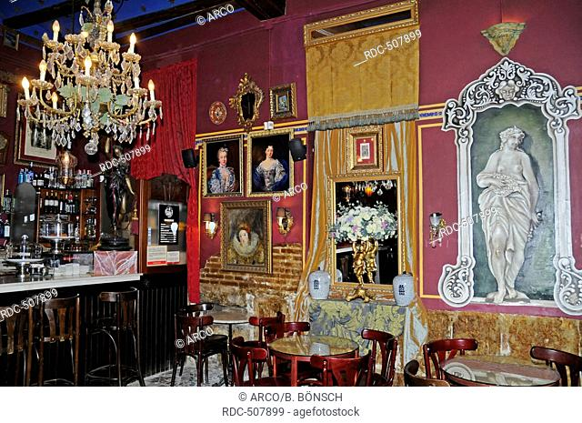Cafe Las Horas Stock Photos And Images Age Fotostock