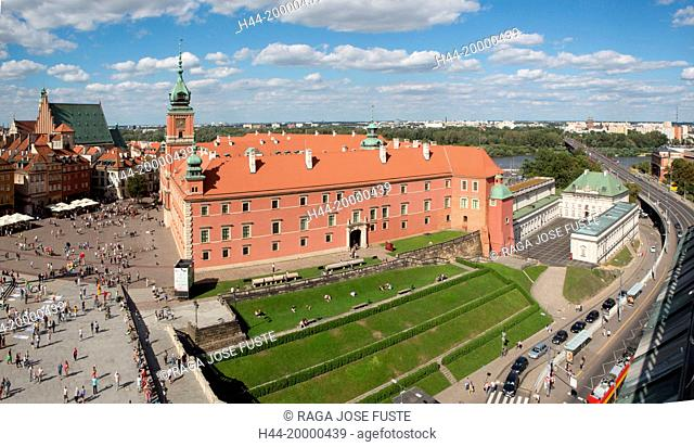 square and Royal Castle in Warsaw City
