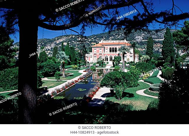 France, Europe, South of France, Cote d'Azur, Cap Ferrat, villa Ephrussi de Rothschild, garden, park, pond, museum