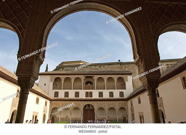 Palacios Nazaries courtyard. Alhambra, Granada, Andalucía, Spain