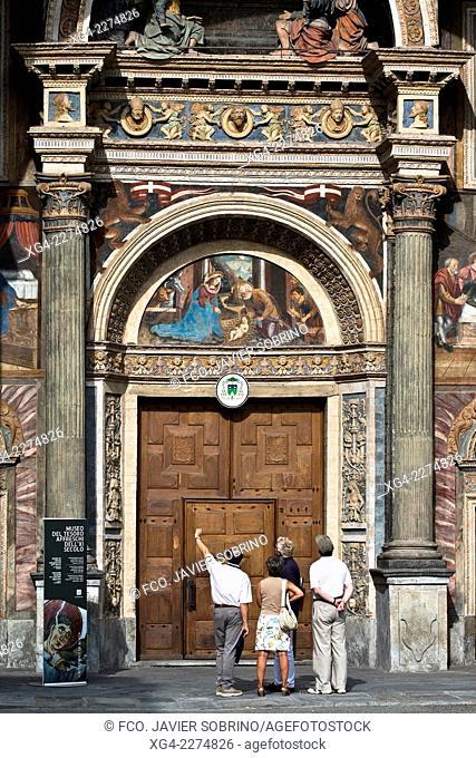Portada renacentista - Catedral de Santa Maria Assunta- Aosta – Val d'Aosta – Italia – Europa