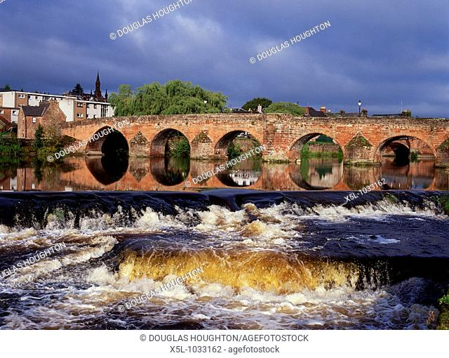 Devorgilla bridge DUMFRIES DUMFRIES GALLOWAY Multiple stone arch bridge across River Nith