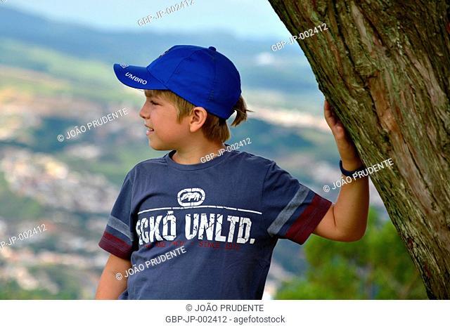 Person, Boy, 10 years, Morro do Cristo, 2018, City, Poços de Caldas, Minas Gerais, Brazil