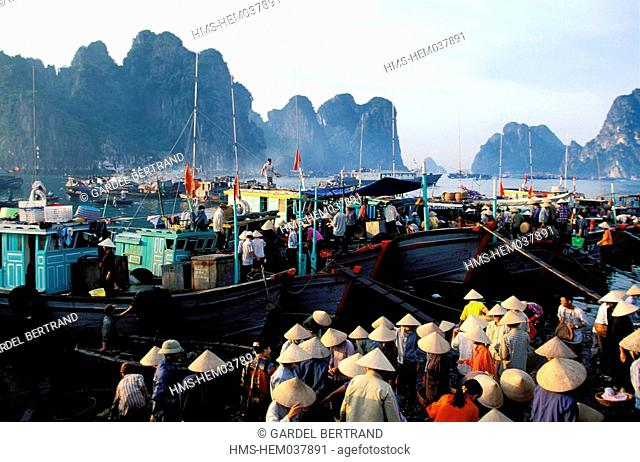 Vietnam, Quang Ninh Province, Hon Gai port close to the Along Bay