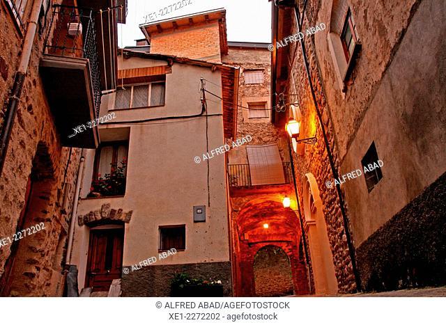 Portal de l'Esglesia, La Pobleta de Bellveí, Vall Fosca, Catalonia, Spain