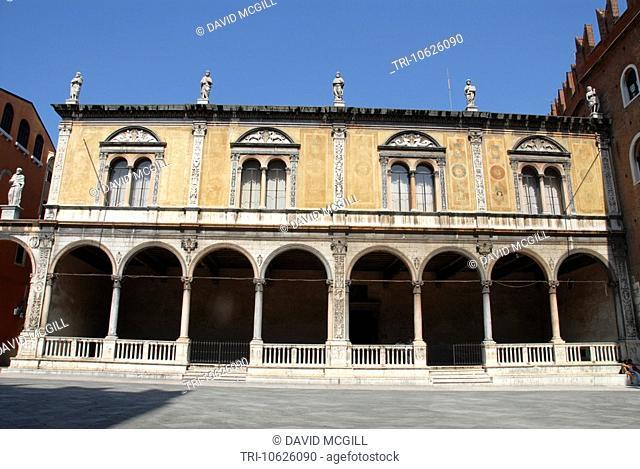 Loggia del Consiglio, Piazza dei Signori, Verona