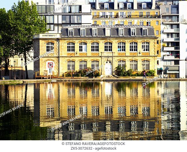 Canal St Martin passin de la Vilette - Paris, France