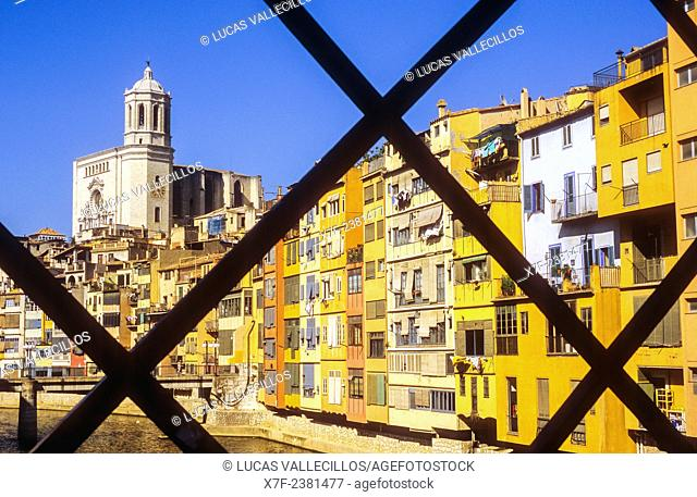 View from Peixateries Velles bridge.Onyar river, in background at left Catedral belfry,Girona,Catalonia, Spain
