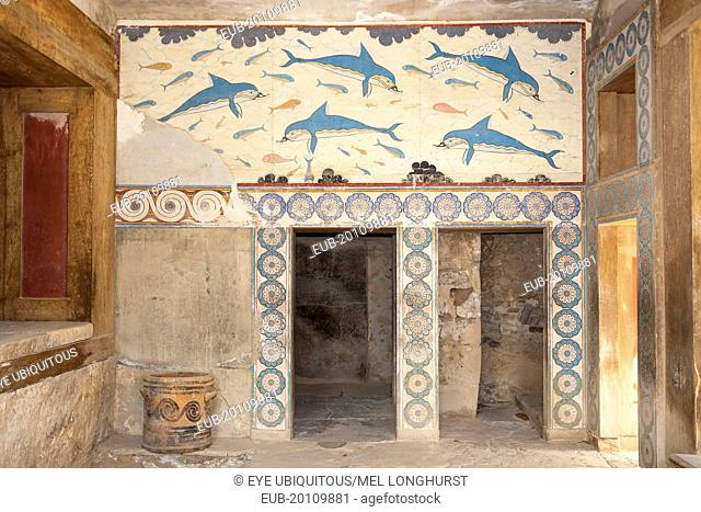 Dolphin fresco in the Queen's Megaron, Knossos Palace