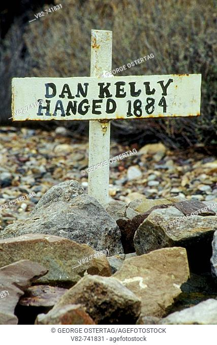Boot Hill Cemetery grave, Boot Hill Graveyard Park, Tombstone, Arizona, USA