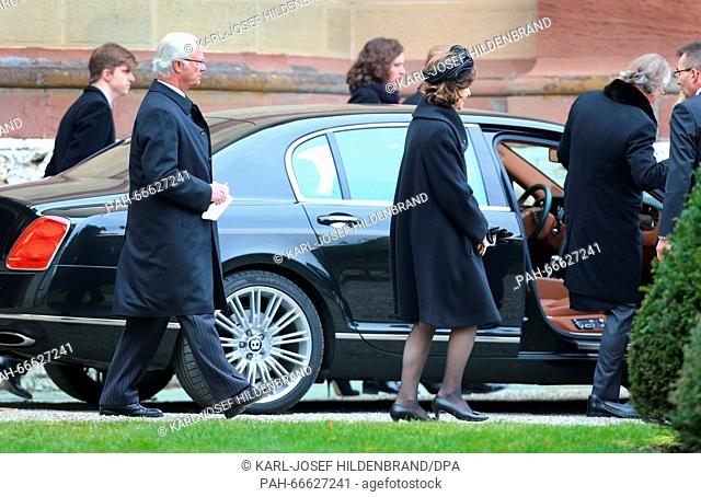Swedish royal couple King Carl XVI. Gustaf and Queen Silvia after the funeral service for Johann Georg Prinz von Hohenzollern at the Erloeser church Hedingen in...