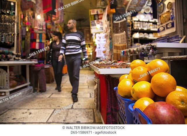 Israel, Jerusalem, Old City, covered market, NR