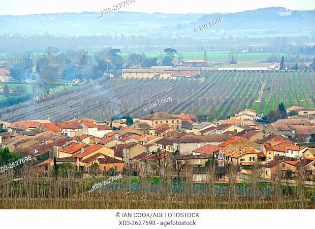 view of Espalais and Garonne Valley from Auvillar, Tarn-et-Garonne Department, Midi-Pyrenees, France