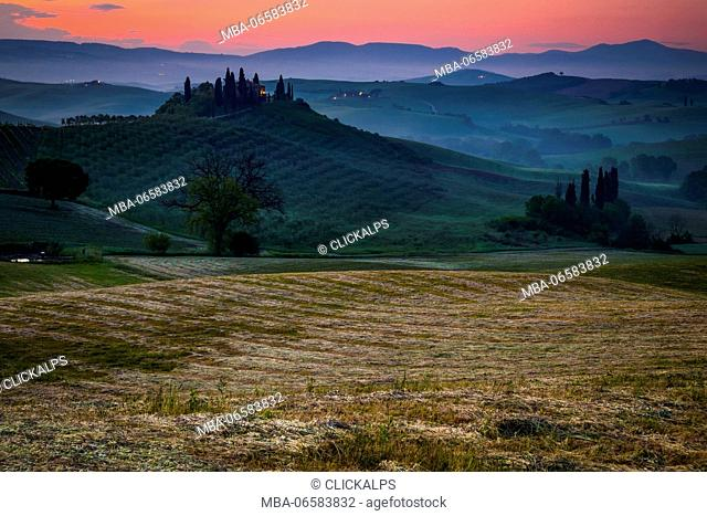 Orcia Valley, Siena district, Tuscany, Italy, Europe, Before the sunset over belvedere farmhouse
