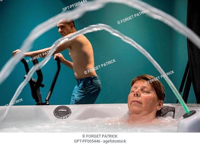 FAMILY RELAXING AT THE SPA, GRAND GITE DE CHARTRES, MESLAY-LE-GRENET (28), FRANCE
