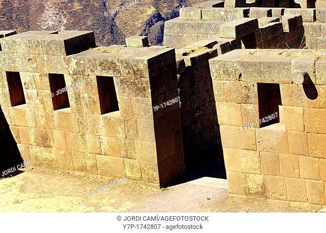 Pisac ruins Urubamba Valley Perú
