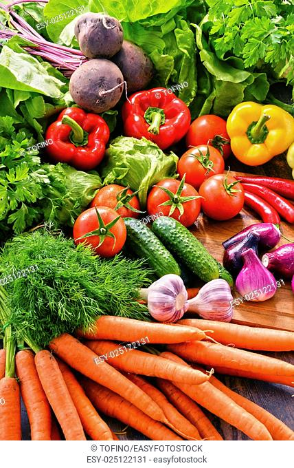 Composition with variety of fresh organic vegetables