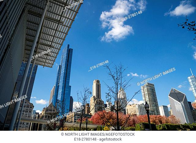 USA, IL, Chicago. The city skyline viewed from the Art Institute of Chicago
