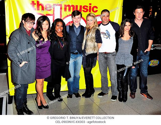 Kevin McHale, Jenna Ushkowitz, Amber Riley, Chris Colfer, Dianna Agron, Mark Salling, Lea Michele, Cory Monteith at in-store appearance for GLEE: The Music, Vol