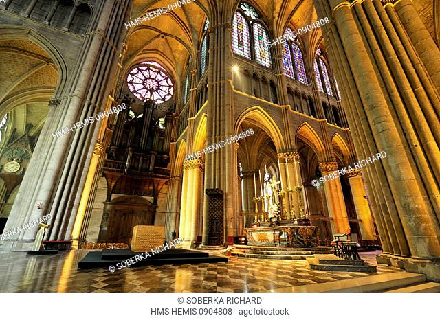 France, Marne, Reims, Notre Dame Cathedral listed as World Heritage by UNESCO, organ and rose window in the choir