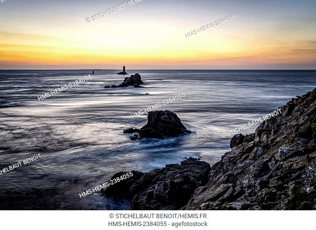 France, Finistere, Iroise sea, Cap Sizun, Plogoff, Pointe du Raz and la Vieille lighthouse at sunset