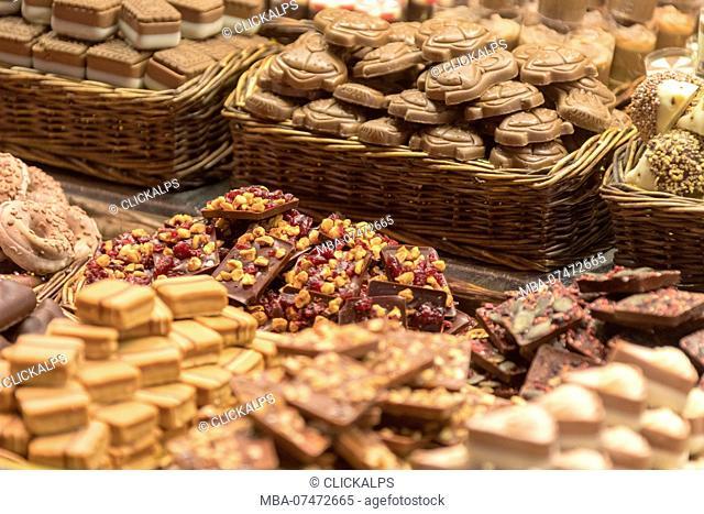 Chocolate and sweets, La Boqueria Market, Ciudad Vieja, Barcelona, Catalonia, Spain