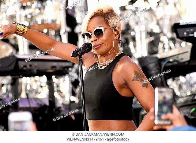 a9e13af295f Veteran singer Mary J. Blige performs some of her greatest hits and new  music for