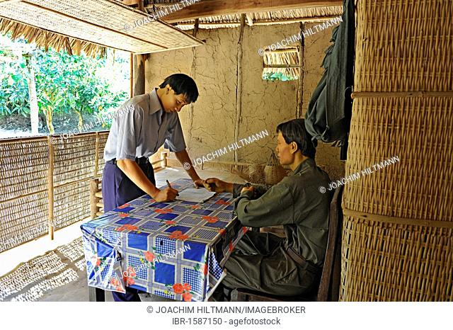 Re-enactment of scene from the Vietnam War with life-size dolls in the open-air war museum in Cu Chi, South Vietnam, Vietnam, Southeast Asia, Asia