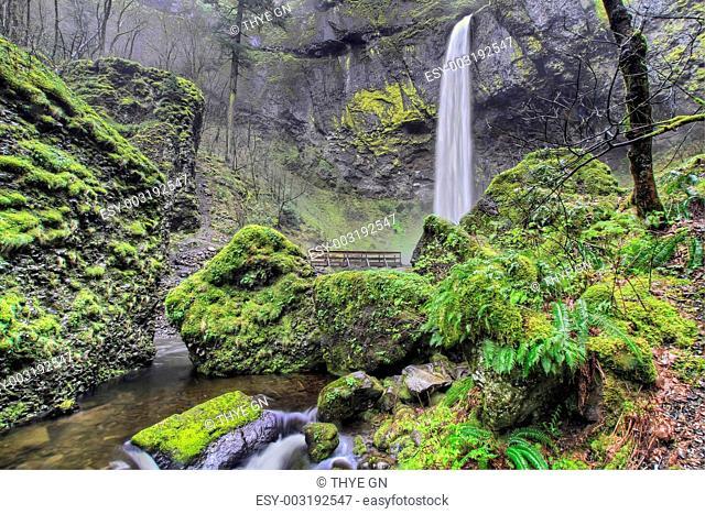 Elowah Falls in Columbia Gorge