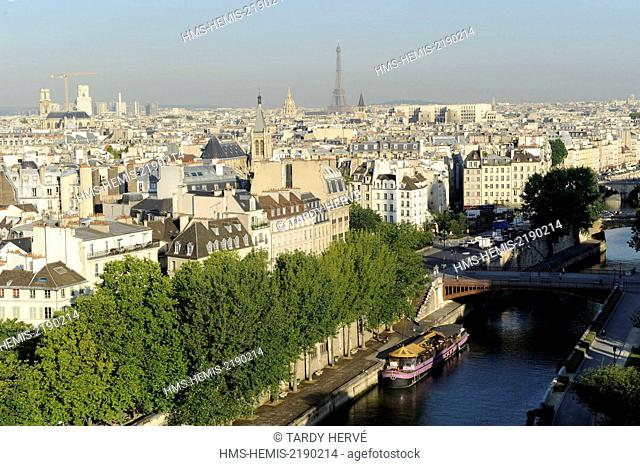France, Paris, The Seine at the height of the port of Montebello and Pont Double, area listed as World Heritage by UNESCO (aerial view)