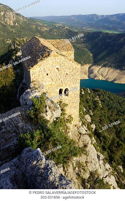 Ermita de Santa Quiteria y San Bonifacio (romanesque, 11th cent.), Canelles reservoir in background (Noguera Ribagorzana river); Montfalcó, Huesca province